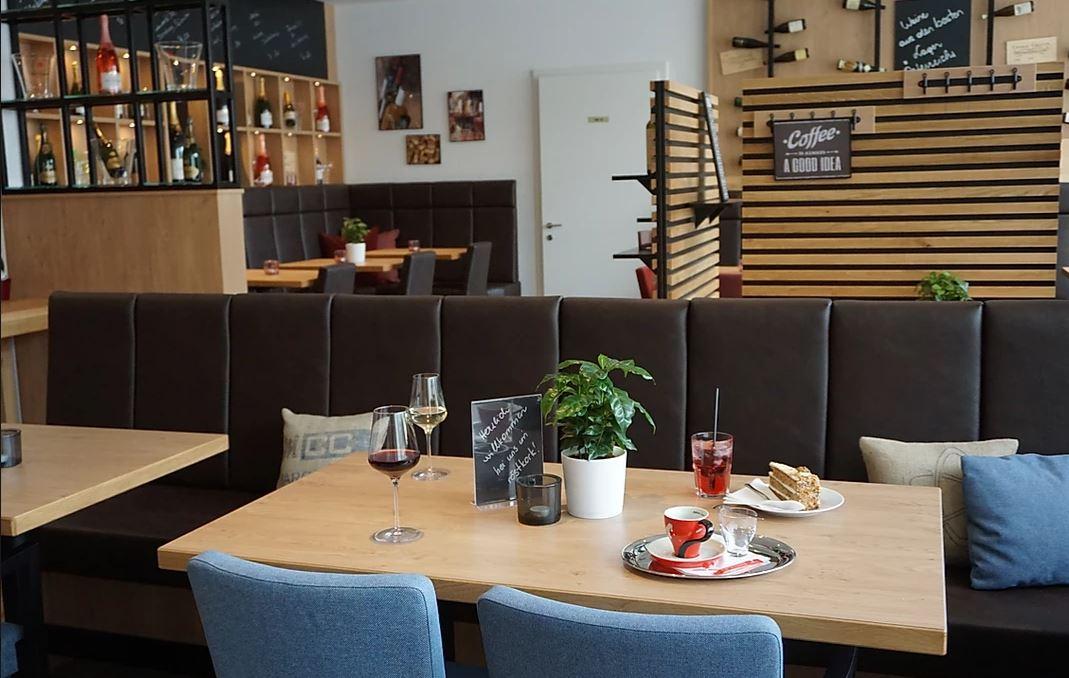 röstkork – Café & Weinbar in Engelhartsstetten